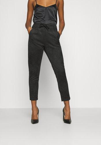 ONLPOPTRASH EASY PANT - Bukse - black