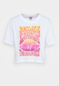 The North Face - CROPPED SIMPLE DOME TEE - Print T-shirt -  white/multi - 0