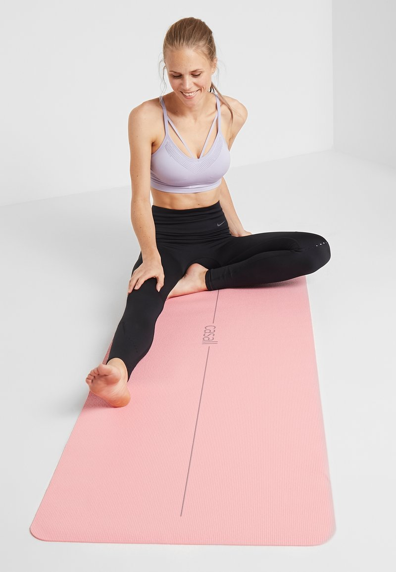 Casall - EXERCISE MAT BALANCE - Fitness / yoga - energized pink