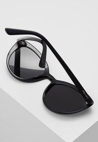 Prada - Sluneční brýle - black - 4
