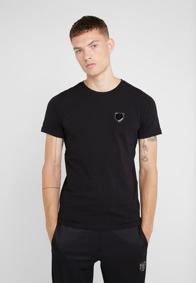 ROUND NECK STRIP - Camiseta estampada - black