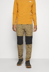 The North Face - CLASS PANT - Tygbyxor - tan/black - 0