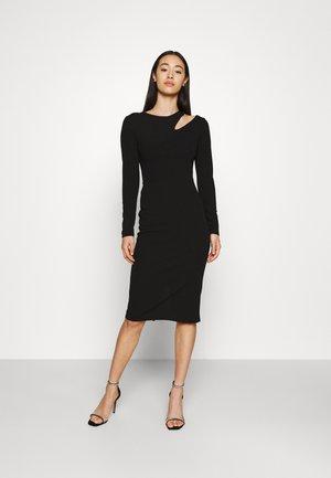 HATTIE CUT OUT MIDI DRESS - Sukienka z dżerseju - black