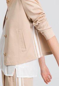 Marc Aurel - Light jacket - sand varied - 3