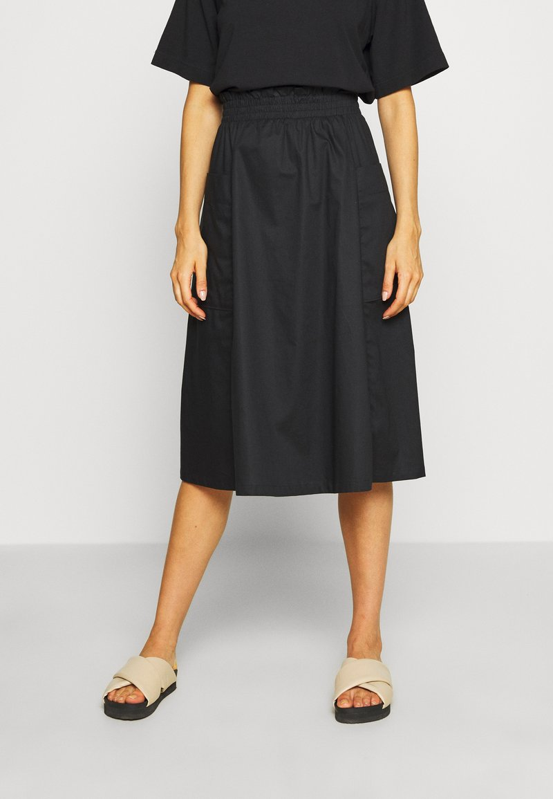 Monki - QIA SKIRT - Áčková sukně - black dark