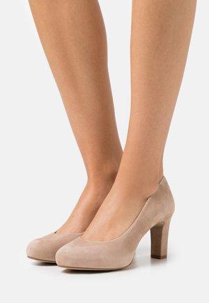 NUMIS - Classic heels - nude
