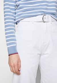 Tommy Hilfiger - Jeans Tapered Fit - white - 3