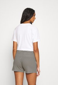 Marc O'Polo - SHORTS - Pyjama bottoms - creme - 2