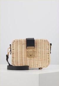 Gina Tricot - BAG - Across body bag - light beige - 0