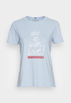 SLOGAN - Print T-shirt - breezy blue