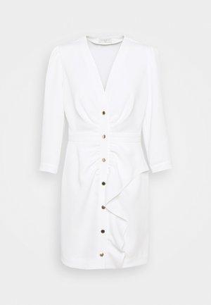 TEANA - Pouzdrové šaty - ecru