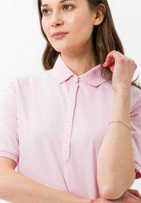 BRAX - STYLE CLEO - Polo shirt - rose - 3