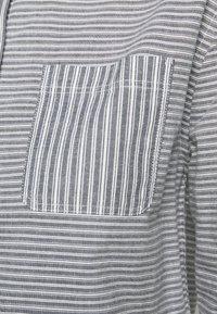 Barbour - LONGSHORE  - Button-down blouse - cloud/navy - 4