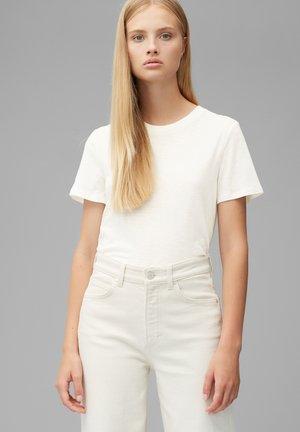SHORT SLEEVE - Basic T-shirt - scandinavian white