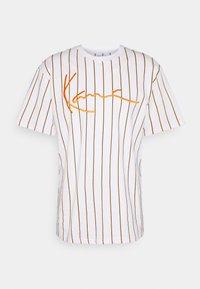 Karl Kani - SIGNATURE PINSTRIPE TEE - Print T-shirt - white - 4