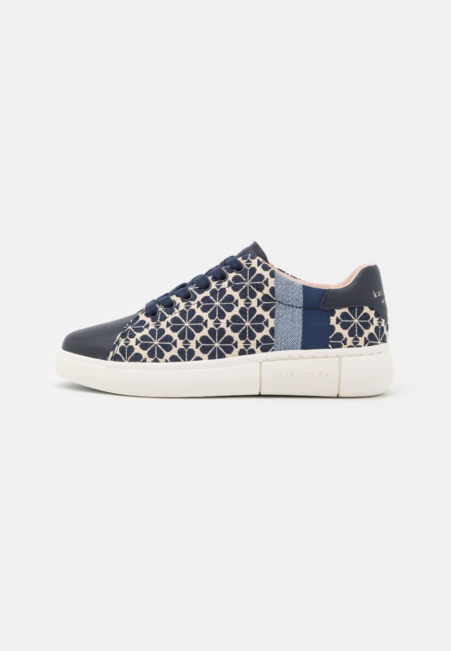 KEWISK - Trainers - light taupe/navy