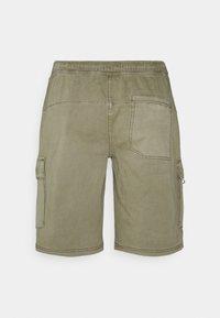 Redefined Rebel - MILAN UNISEX - Shorts - dried herb - 1