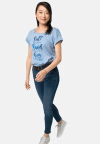 Jack Wolfskin - SALT SAND SEA - Print T-shirt - ice blue - 0