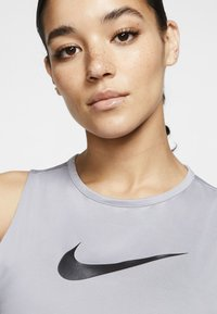 Nike Performance - Top - particle grey/black - 3