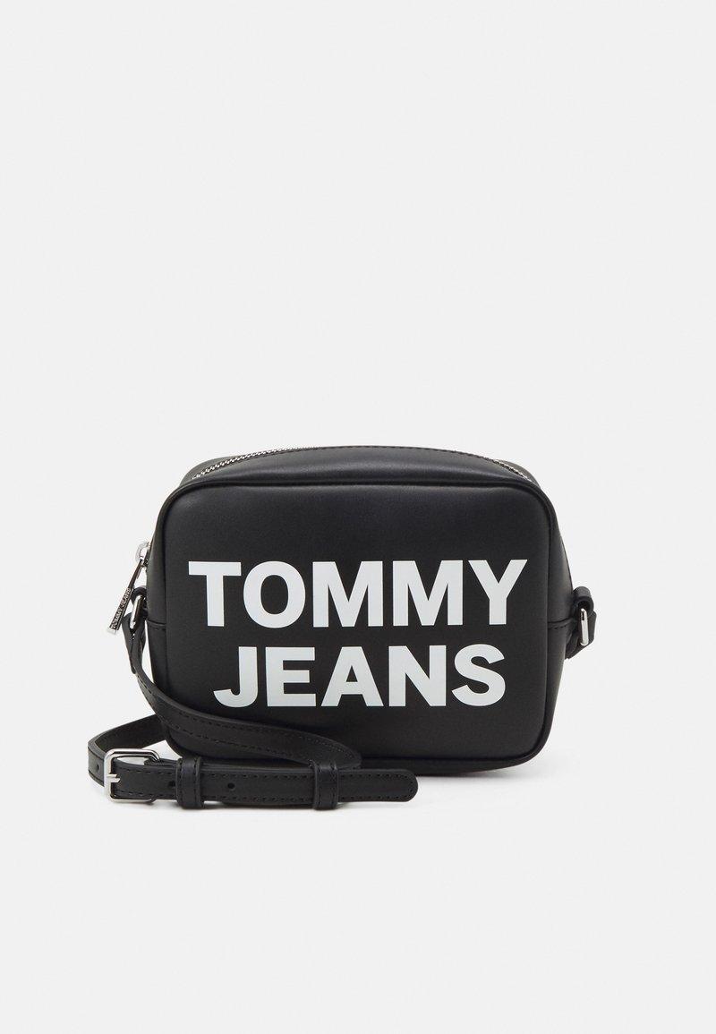 Tommy Jeans - ESSENTIAL CAMERA BAG - Skulderveske - black