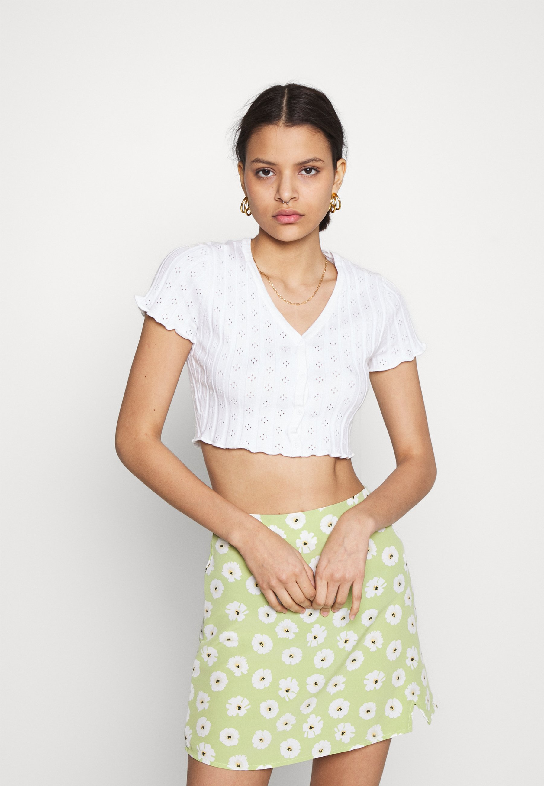 Femme CROP WITH LETTUCE SHORT SLEEVES AND V NECK - T-shirt basique
