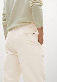 Mango - AUS CORD - Trousers - ecru - 4