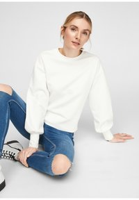 Q/S designed by - Sweatshirt - soft white - 4