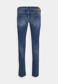 Diesel - SLEENKER - Jeans Skinny Fit - medium blue - 6