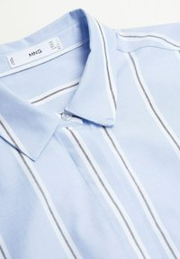 Mango - FACTORY - Shirt dress - blå - 7