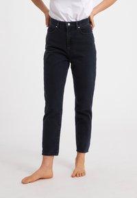 ARMEDANGELS - MAIRAA  - Slim fit jeans - black/blue - 0