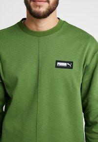 Puma - FUSION CREW - Sweatshirt - garden green - 4