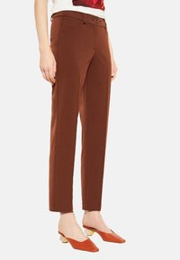 comma - REGULAR FIT - Trousers - dark red velvet