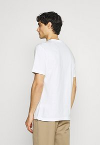 Lacoste - Print T-shirt - blanc - 2