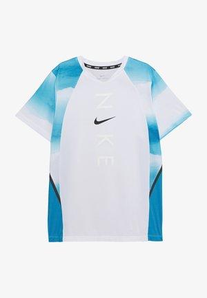 INSTACOOL - T-shirt print - laser blue/white