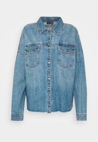 Vero Moda - VMMINA LOOSE - Button-down blouse - medium blue denim - 4