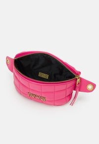 Versace Jeans Couture - QUILTED BELTBAG - Bum bag - paradise - 2