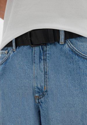 Belt - mottled black