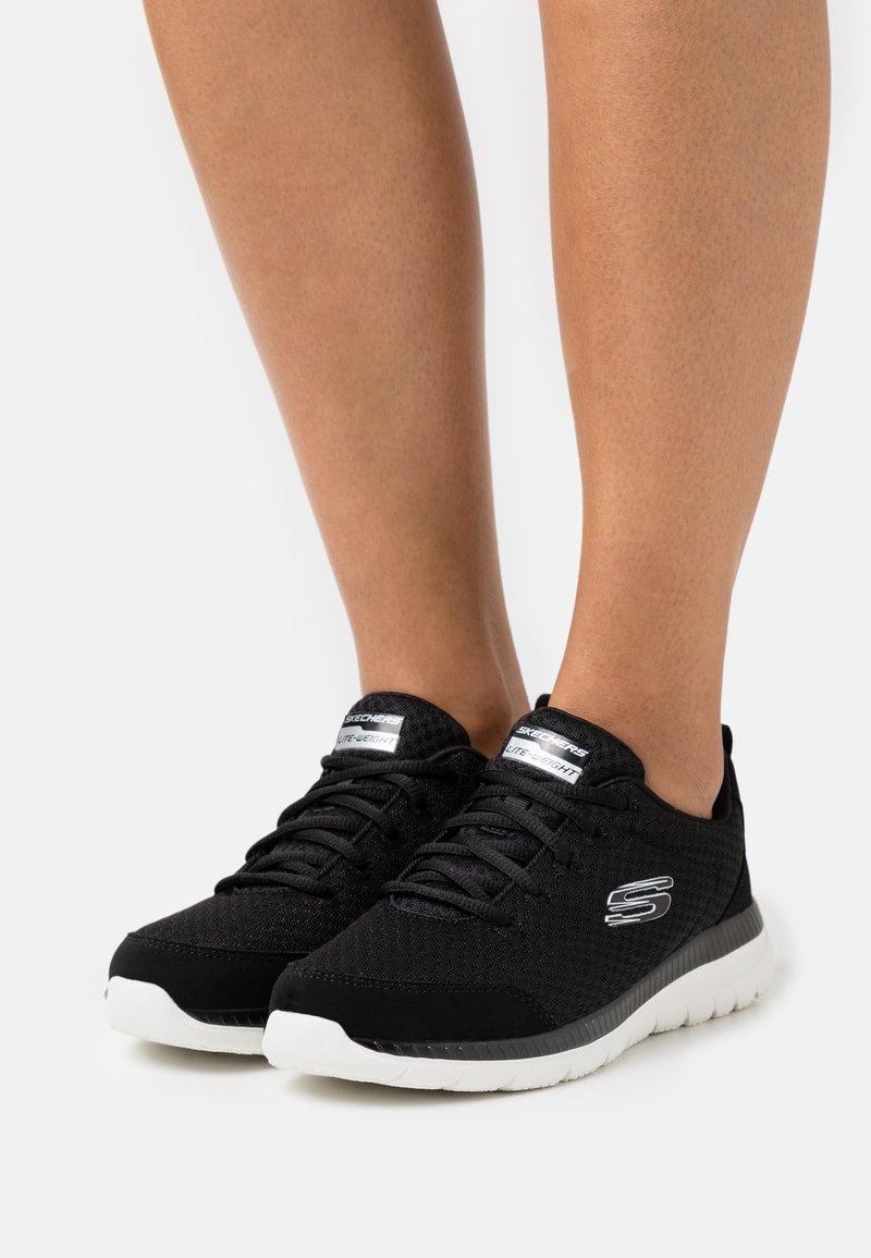 Skechers Sport - BOUNTIFUL - Zapatillas - black/white