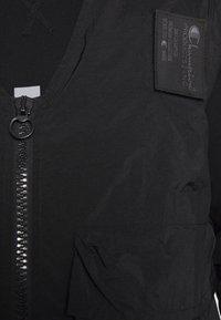 Champion Reverse Weave - UTILITY VEST - Veste - black - 5