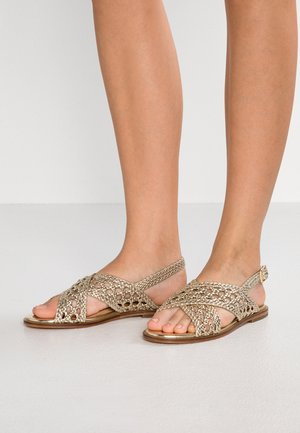 HESSI - Sandals - or