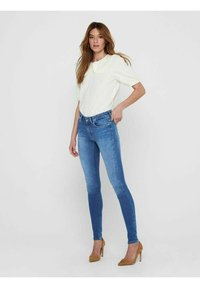 ONLY - ONLBLUSH LIFE MID SKINNY   - Jeans Skinny Fit - medium blue denim