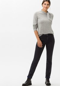 BRAX - STYLE SHAKIRA - Jeans Skinny Fit - clean navy - 1