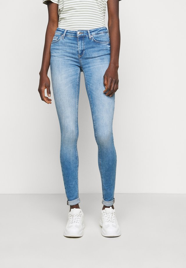 ONLCARMEN  - Jeans Skinny Fit - light blue denim