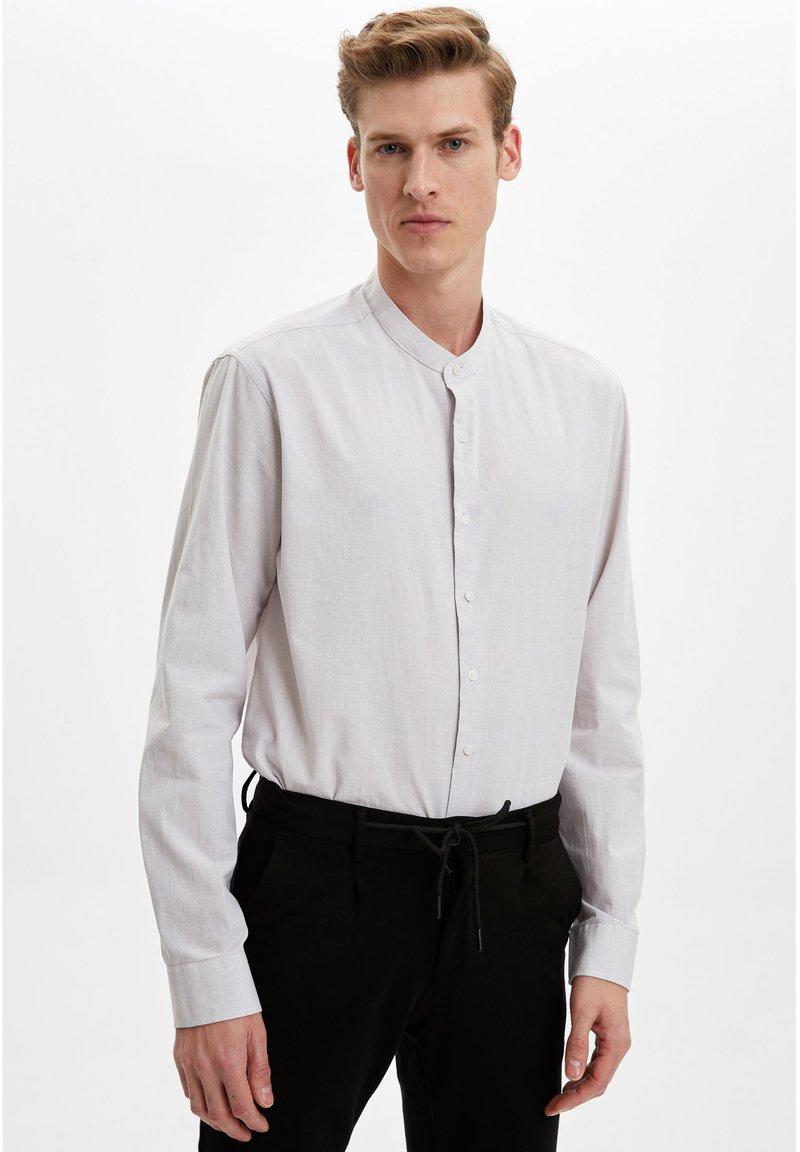 DeFacto - Formal shirt - beige