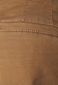 edc by Esprit - PIMA - Shorts - caramel - 2