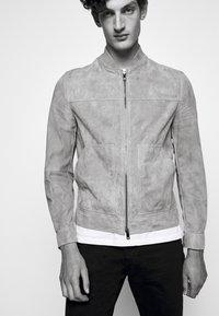 Theory - FLETCHER - Leather jacket - dark bark/asphalt - 3