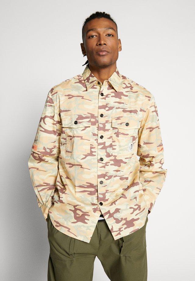 RONNIE SHIRT - Shirt - military camouflage