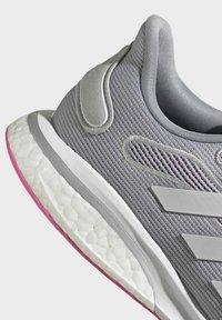 adidas Performance - SUPERNOVA - Scarpe da corsa stabili - grey - 5