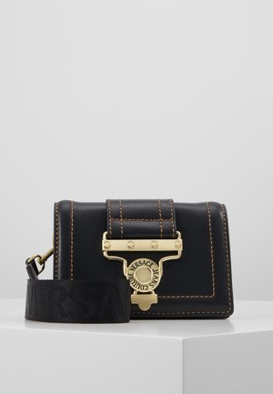 BELT BAG BUCKLE - Heuptas - nero