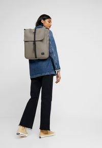 Spiral Bags - MANHATTAN - Reppu - stone - 5